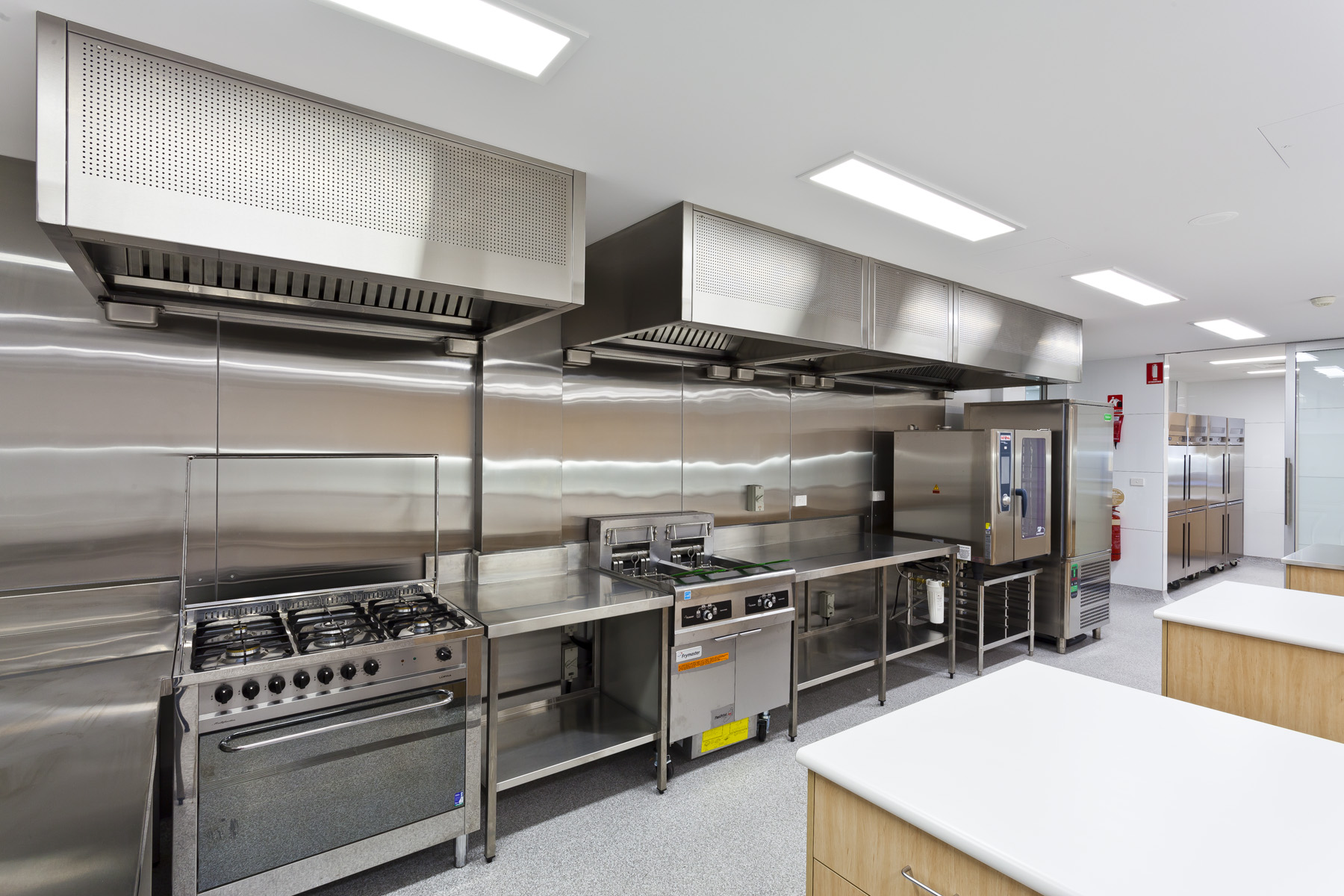 Why Should I Invest Cash On Commercial Kitchen Home Appliances?   Home  Appliances Online